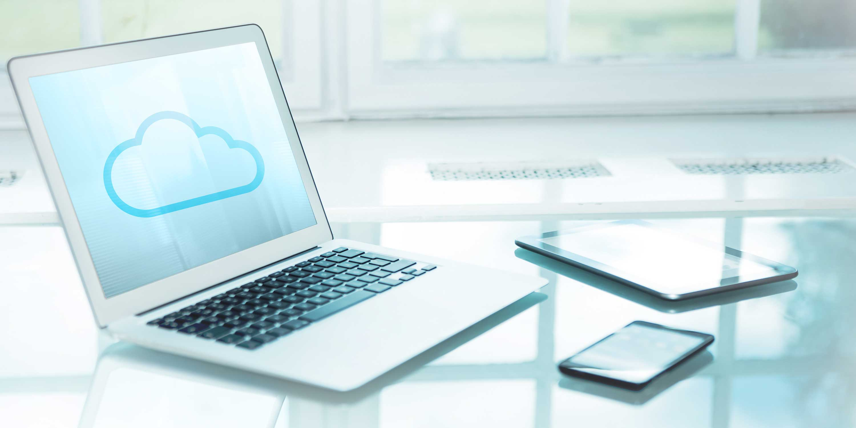 cloud-hotel-software-mobile-2